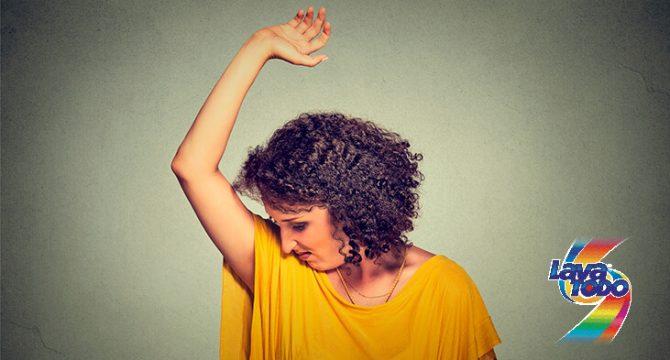 Cómo eliminar el olor a humedad de tu ropa